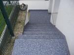 Essen: Kellertreppe mit Colorquarz saniert