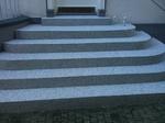 Essen: Hauseingangstreppe mit Colorquarz M1026