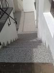 Solingen: Kellertreppe mit Steinteppich M1006